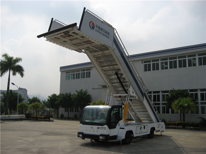 4 Hydraulic Stabilizers A380 Passenger Boarding Stairs